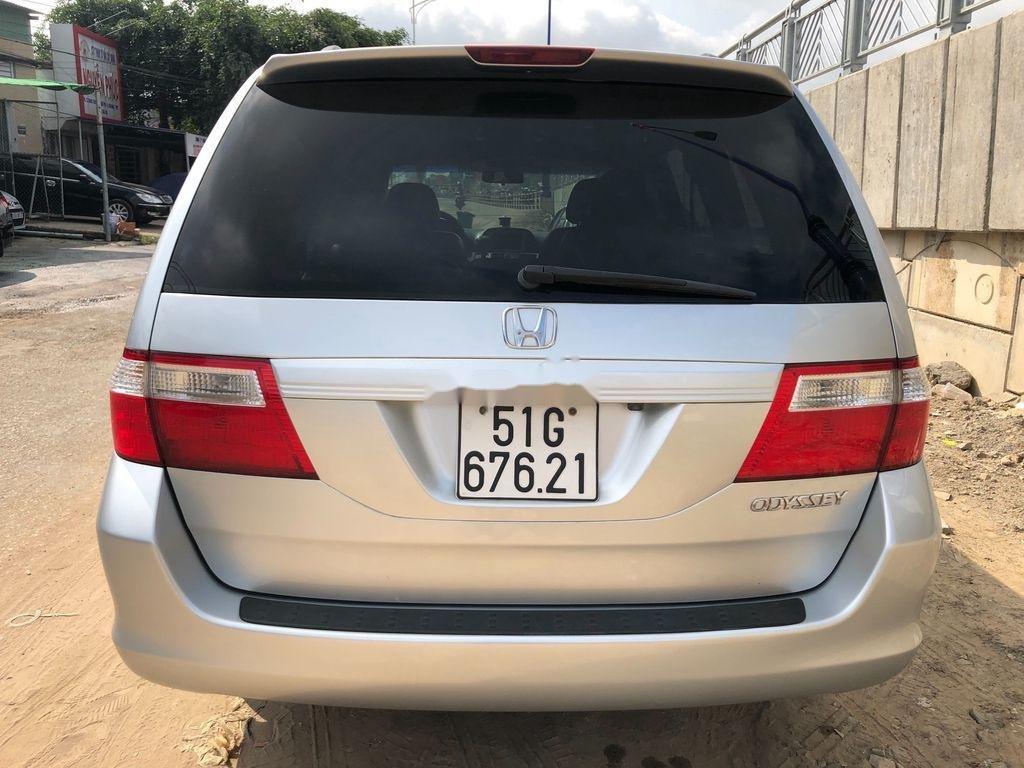 Cần bán xe Honda Odyssey sản xuất năm 2005, xe nhập còn mới (5)
