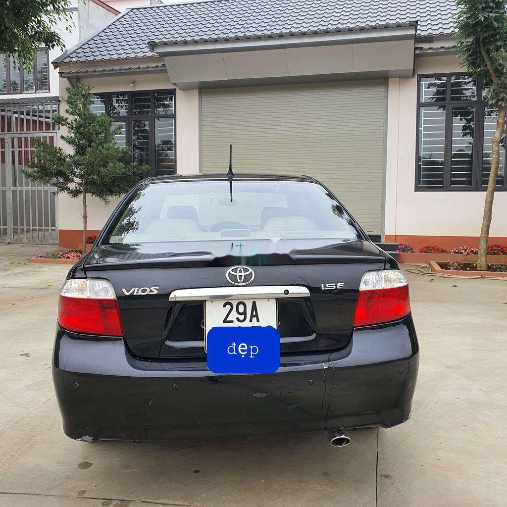 Bán xe Toyota Vios sản xuất năm 2006 còn mới, giá tốt (2)