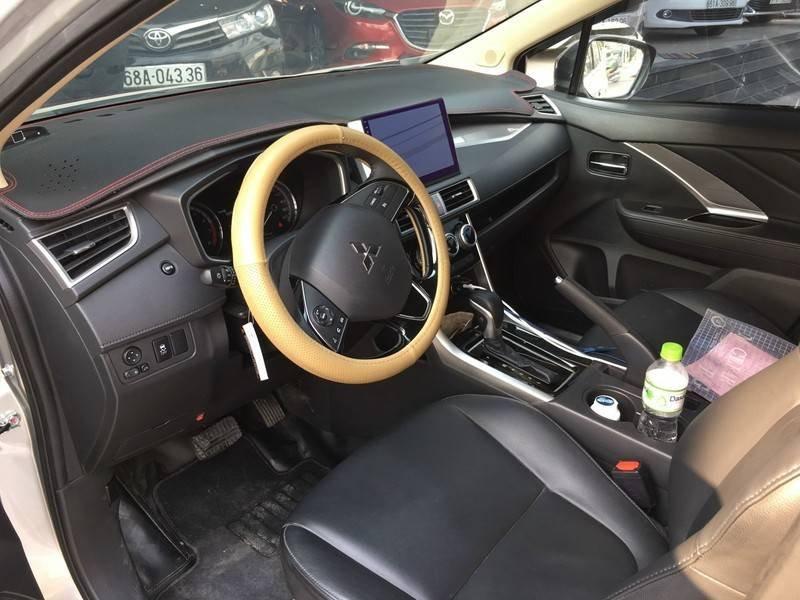 Cần bán gấp Mitsubishi Xpander đời 2020, màu bạc, nhập khẩu (7)