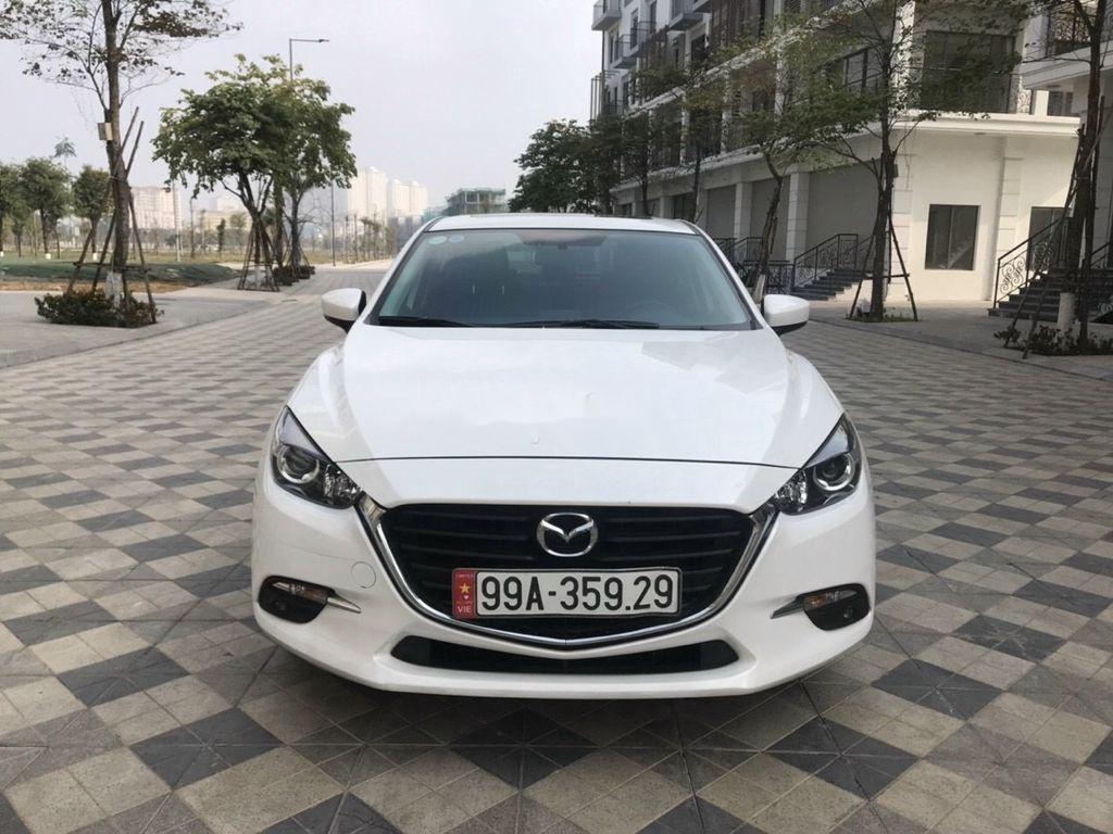 Cần bán lại xe Mazda 3 năm sản xuất 2019 còn mới (1)