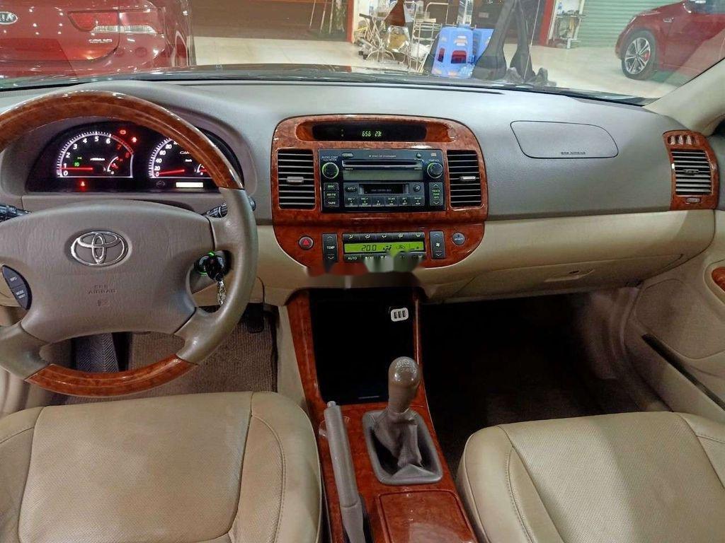 Cần bán lại xe Toyota Camry năm sản xuất 2006 còn mới, 299 triệu (5)