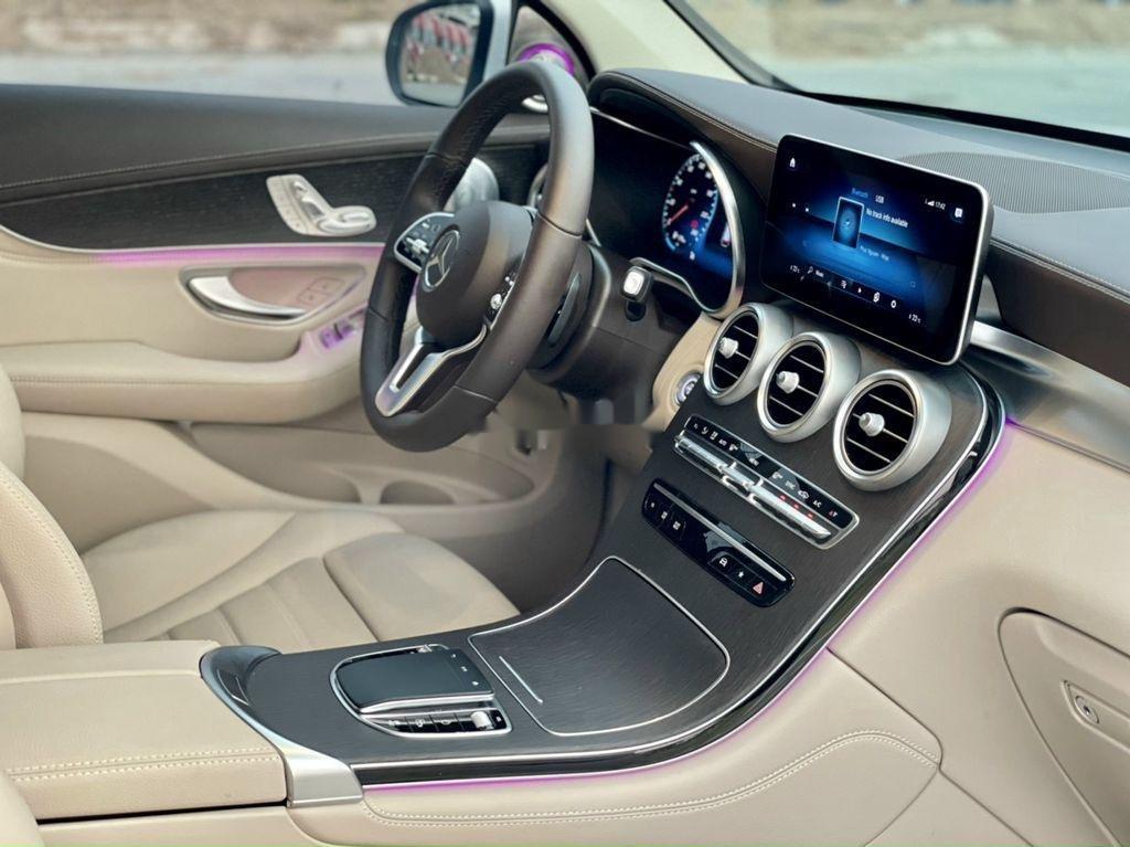 Bán Mercedes GLC-Class sản xuất 2020 còn mới (8)