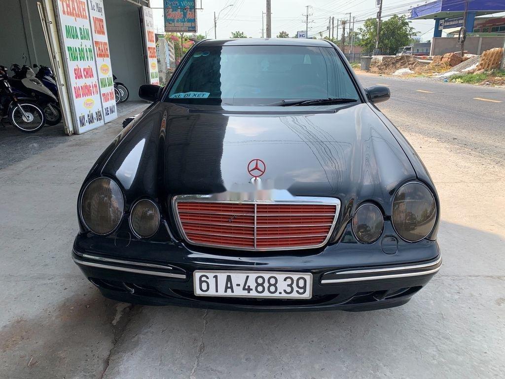 Xe Mercedes E class năm 2001, xe nhập còn mới, 142 triệu (1)