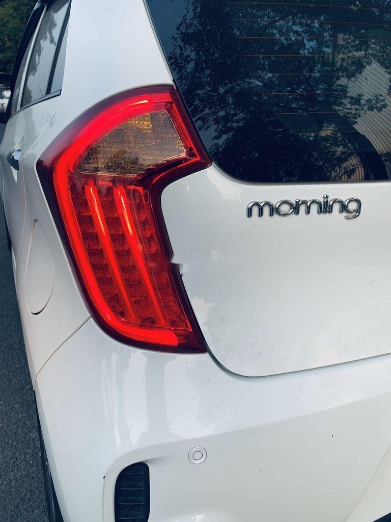 Bán Kia Morning đời 2017, màu trắng chính chủ (10)