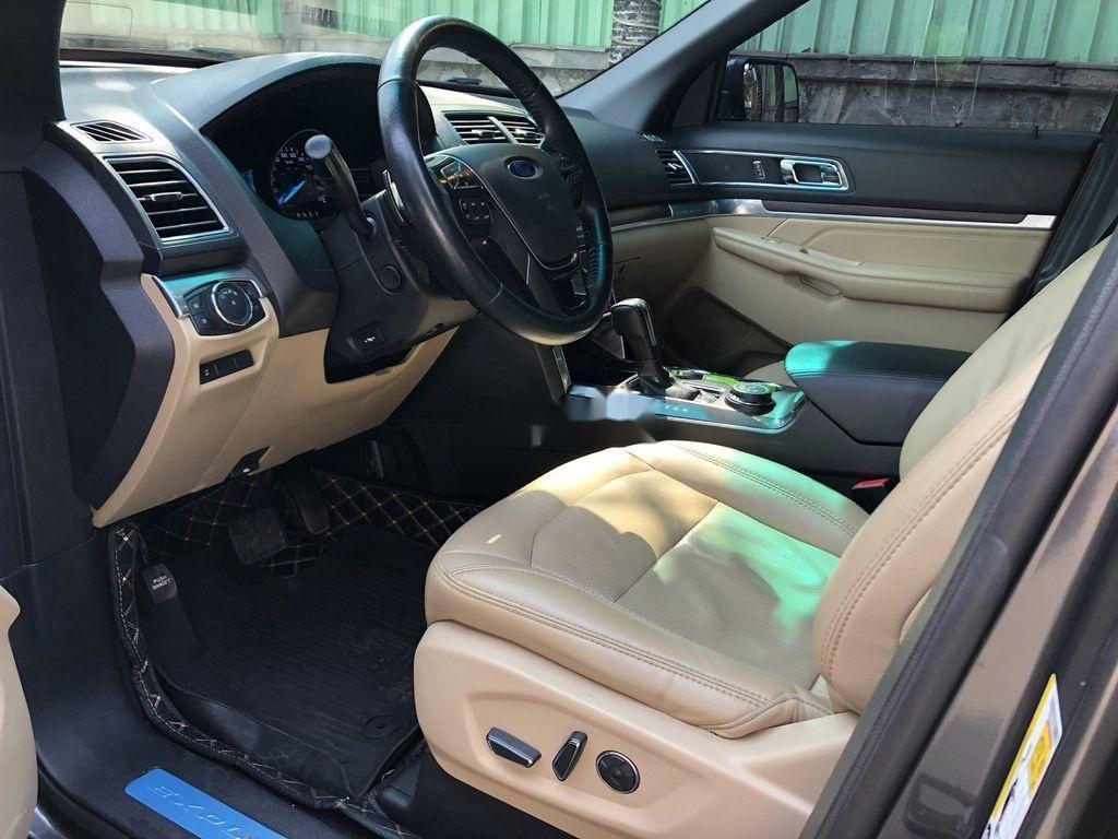 Cần bán xe Ford Explorer năm sản xuất 2016, nhập khẩu nguyên chiếc còn mới (12)