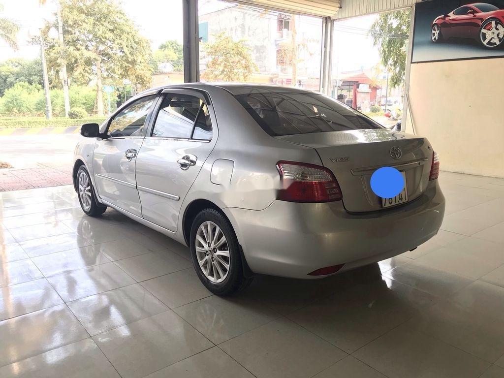 Bán Toyota Vios năm sản xuất 2010 còn mới (4)