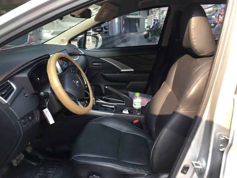 Cần bán gấp Mitsubishi Xpander đời 2020, màu bạc, nhập khẩu (5)