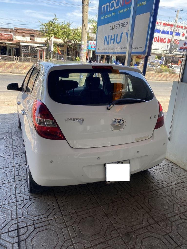 Cần bán gấp Hyundai i20 sản xuất năm 2010, xe nhập, giá chỉ 275 triệu (5)