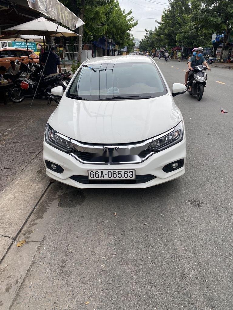 Cần bán xe Honda City 2018, màu trắng còn mới (1)