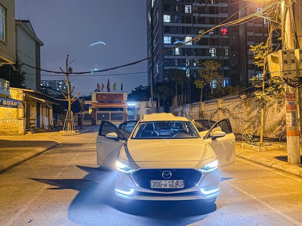 Cần bán lại xe Mazda 3 năm sản xuất 2020, nhập khẩu còn mới (2)