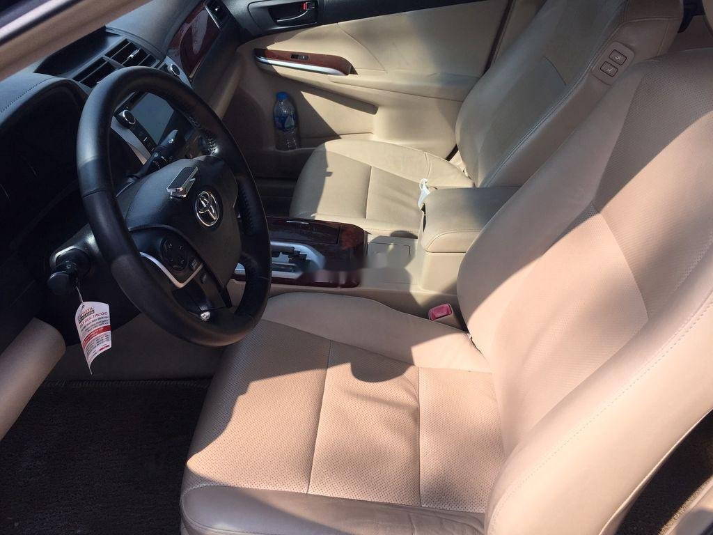 Bán ô tô Toyota Camry sản xuất năm 2013 còn mới (5)