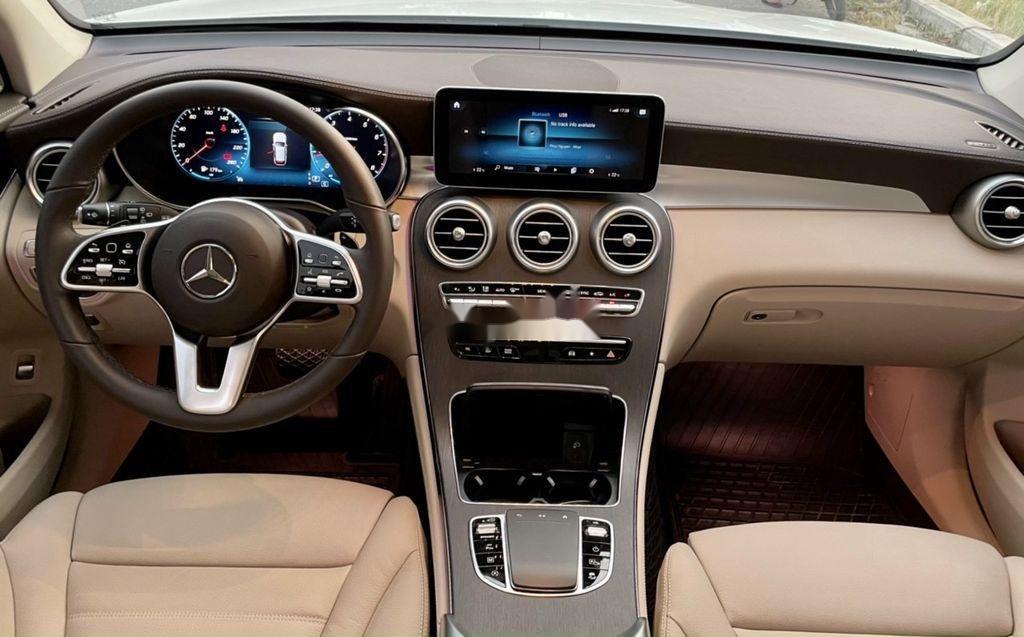 Bán Mercedes GLC-Class sản xuất 2020 còn mới (6)