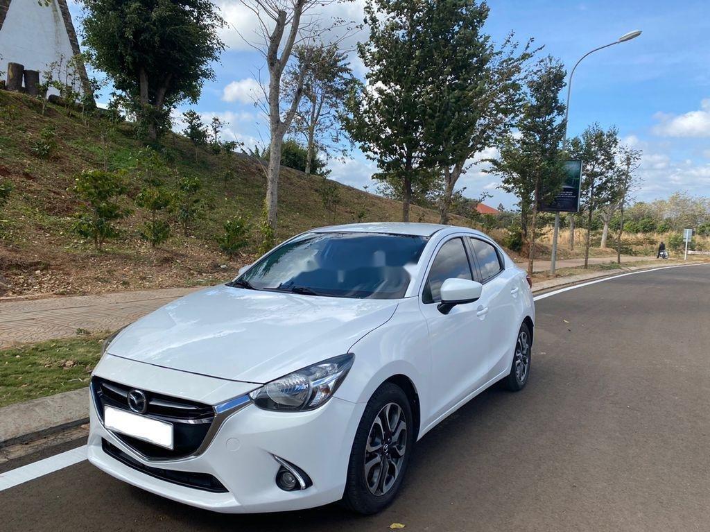 Cần bán gấp Mazda 2 sản xuất năm 2016 còn mới (1)