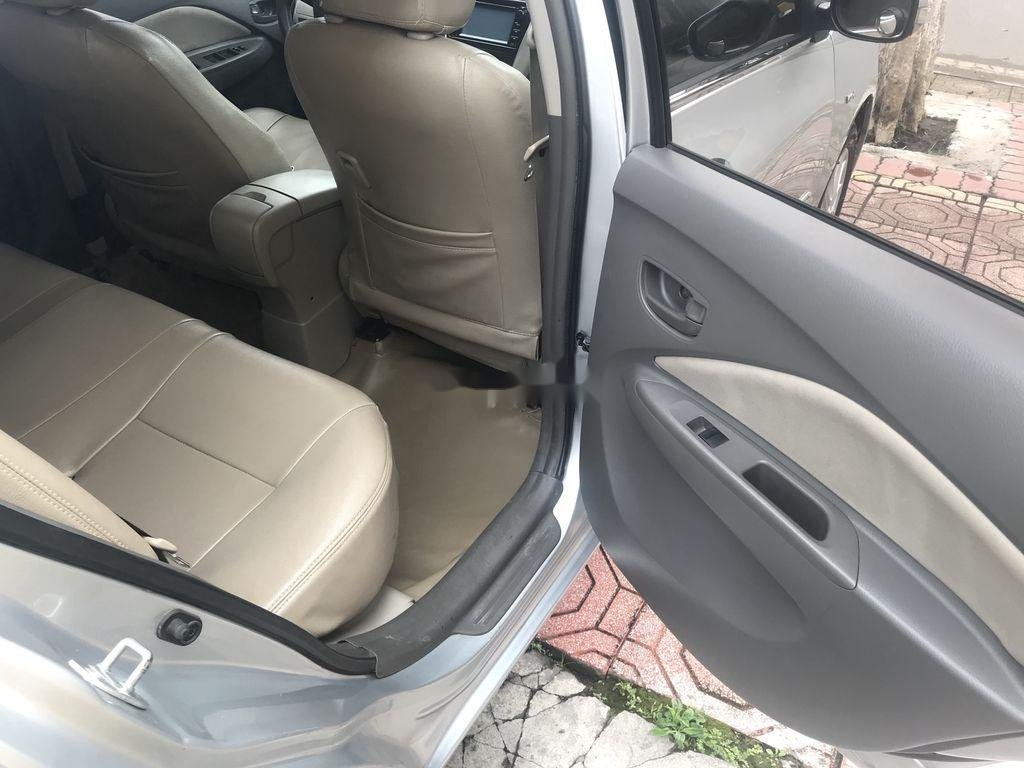 Bán Toyota Vios năm sản xuất 2010 còn mới (10)