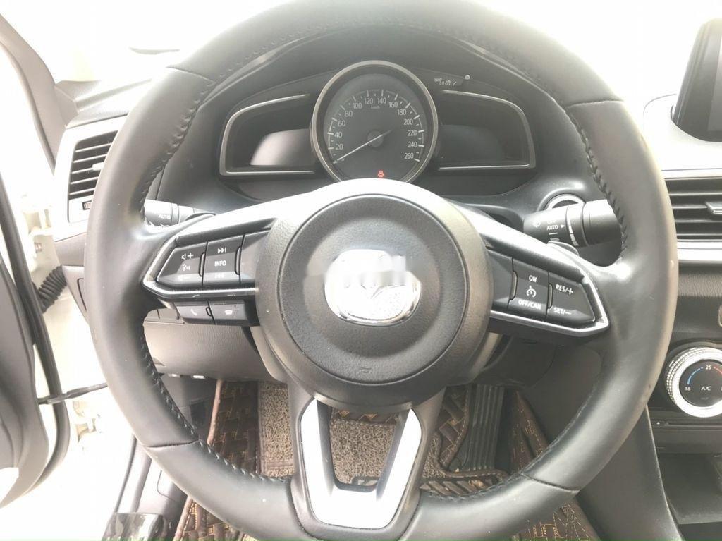 Cần bán lại xe Mazda 3 năm sản xuất 2019 còn mới (6)