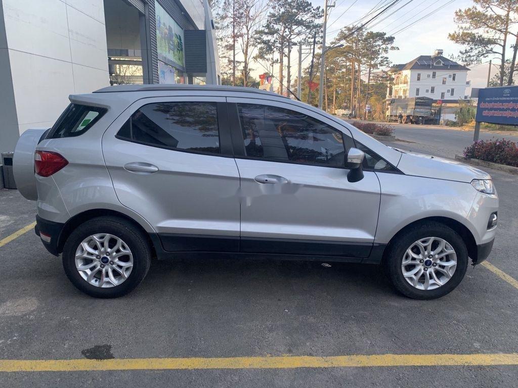 Bán xe Ford EcoSport năm 2017, màu bạc chính chủ (8)