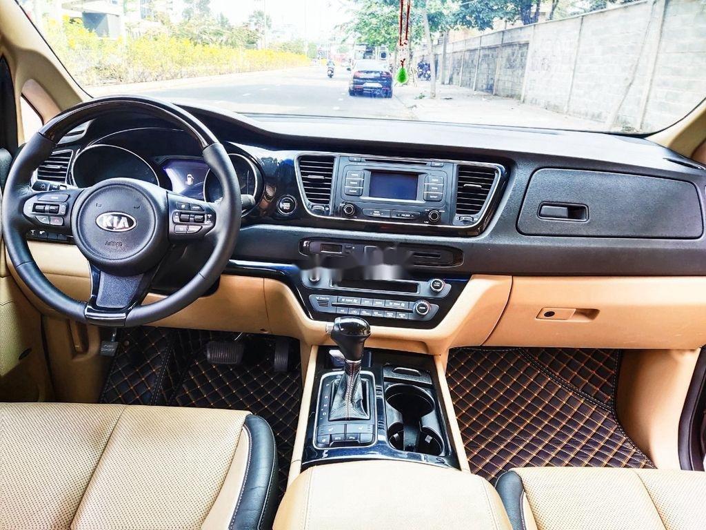 Bán xe Kia Sedona GATH năm sản xuất 2015, màu nâu, nhập khẩu  (9)