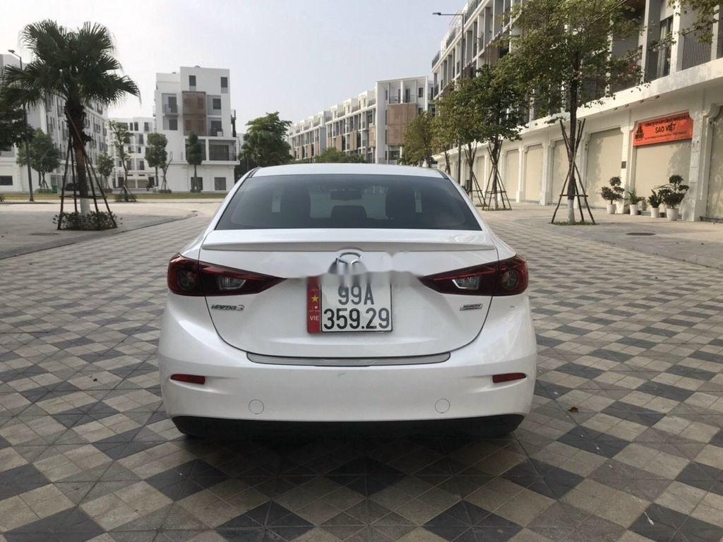 Cần bán lại xe Mazda 3 năm sản xuất 2019 còn mới (4)