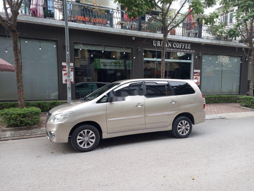 Bán ô tô Toyota Innova năm 2015, giá cạnh tranh  (1)