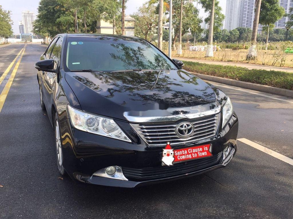 Bán ô tô Toyota Camry sản xuất năm 2013 còn mới (1)