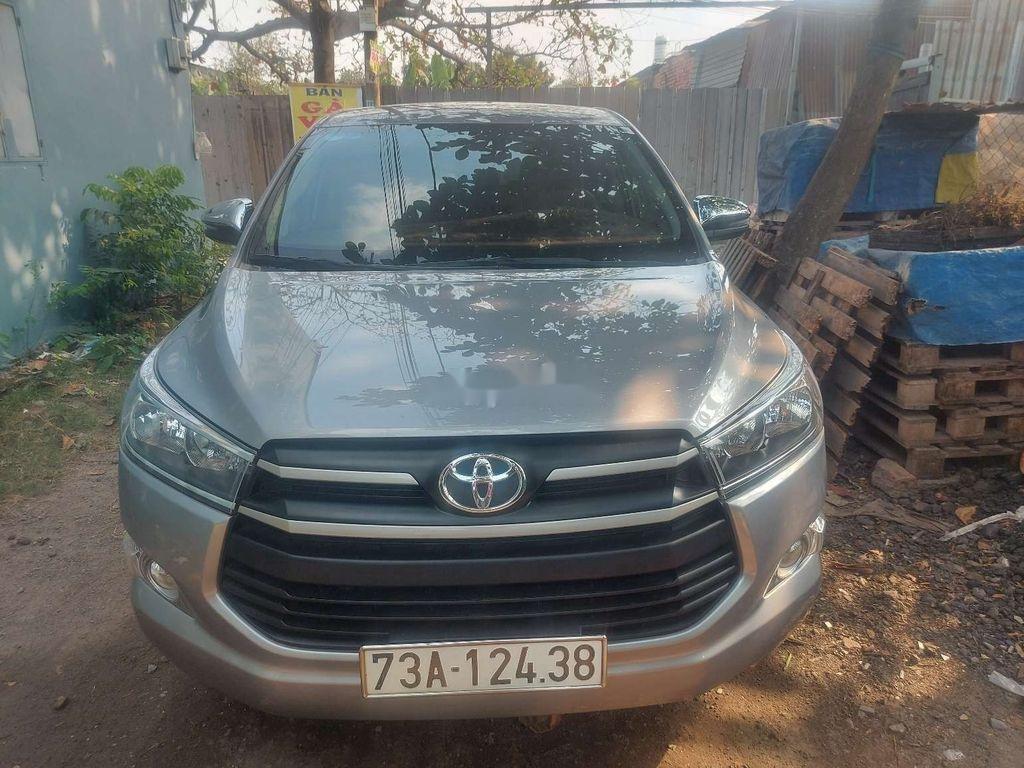 Cần bán lại xe Toyota Innova sản xuất năm 2019 (1)