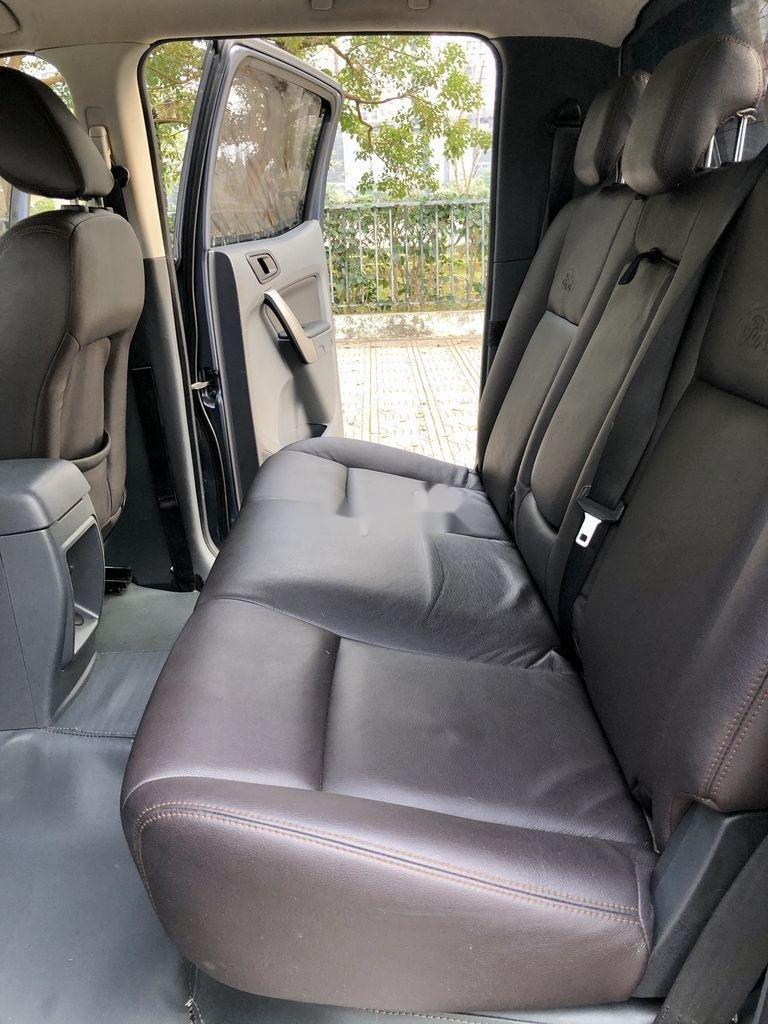 Cần bán xe Ford Ranger XLS 2.2L 4X2 AT sản xuất 2017, nhập khẩu (7)