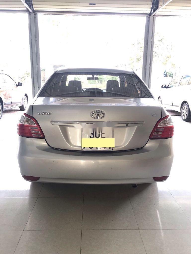Bán Toyota Vios năm sản xuất 2010 còn mới (5)