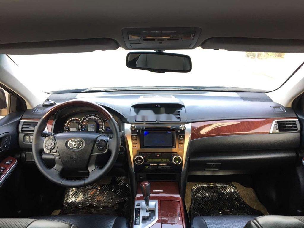 Bán Toyota Camry 2.5Q năm sản xuất 2014 (7)