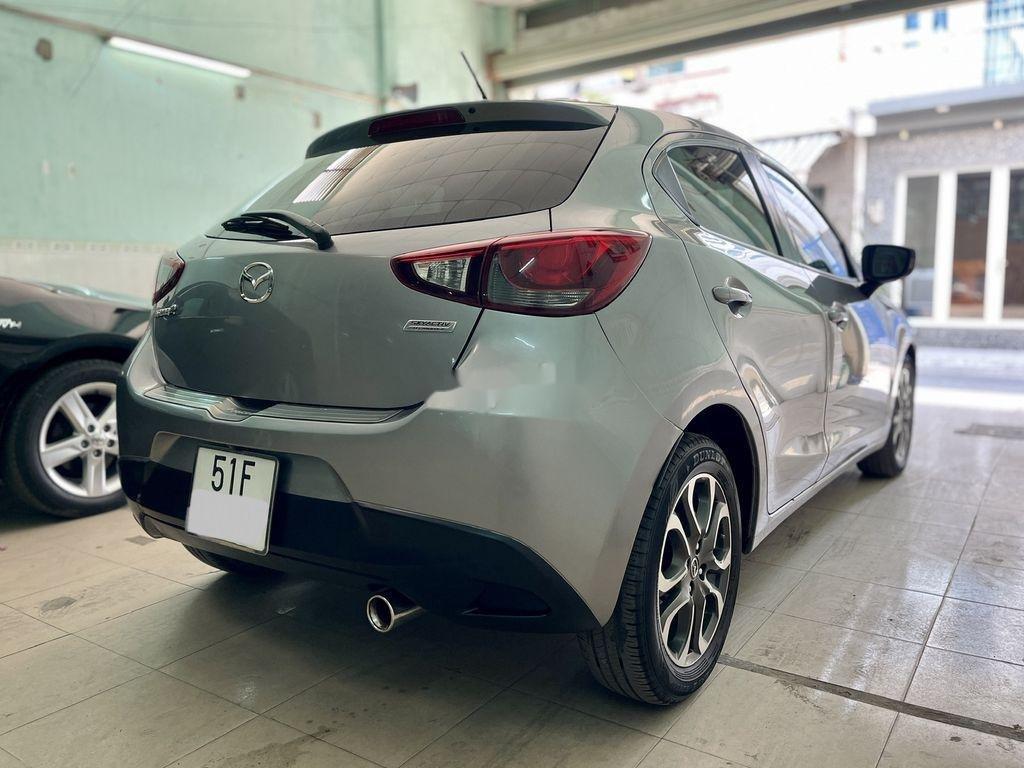 Bán Mazda 2 năm sản xuất 2016, màu xám chính chủ  (11)