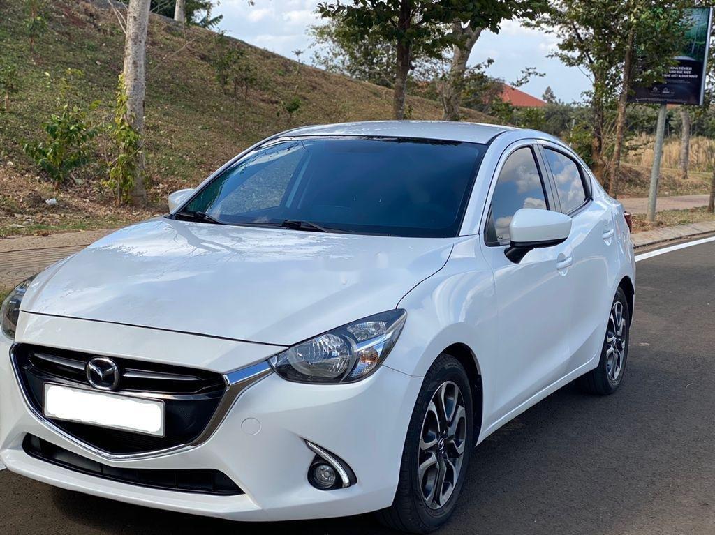 Cần bán gấp Mazda 2 sản xuất năm 2016 còn mới (2)