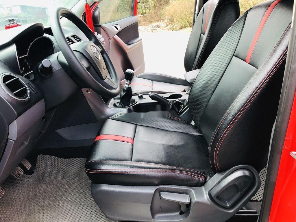 Cần bán lại xe Mazda BT 50 năm sản xuất 2016, nhập khẩu còn mới (9)