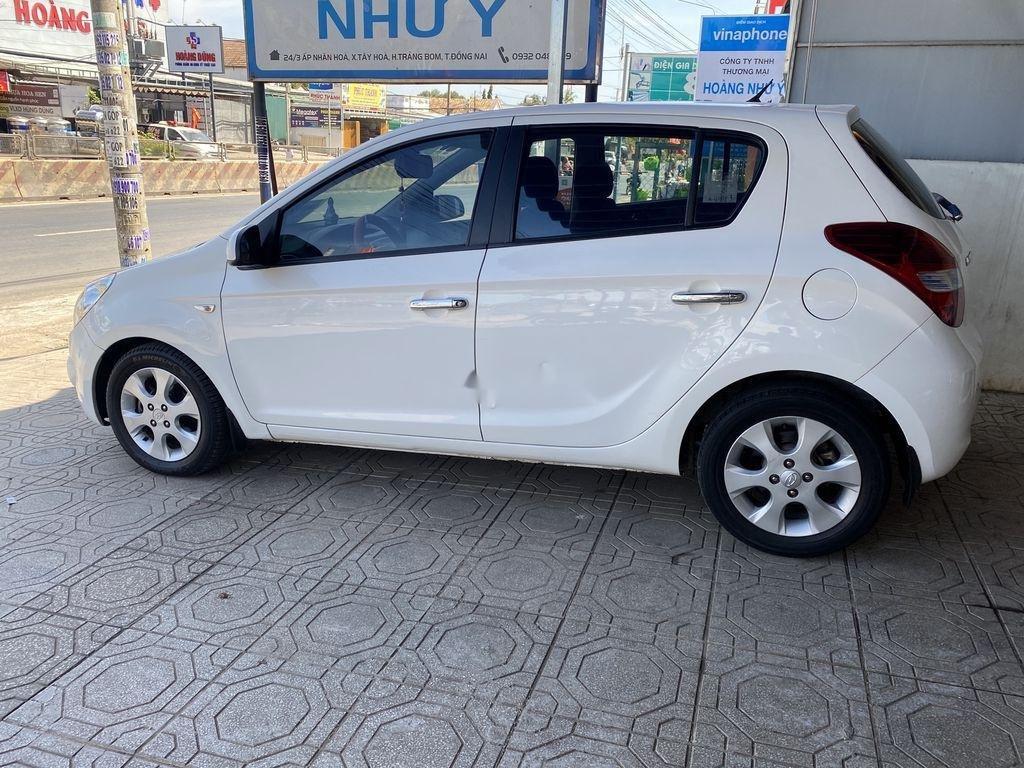 Cần bán gấp Hyundai i20 sản xuất năm 2010, xe nhập, giá chỉ 275 triệu (1)