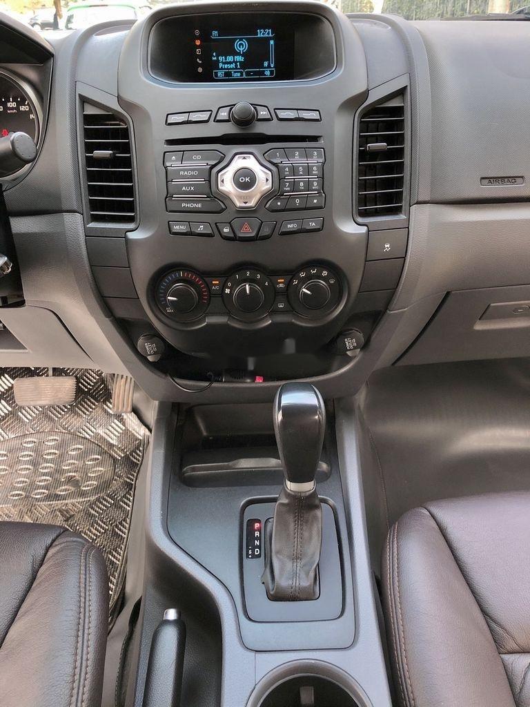 Cần bán xe Ford Ranger XLS 2.2L 4X2 AT sản xuất 2017, nhập khẩu (8)