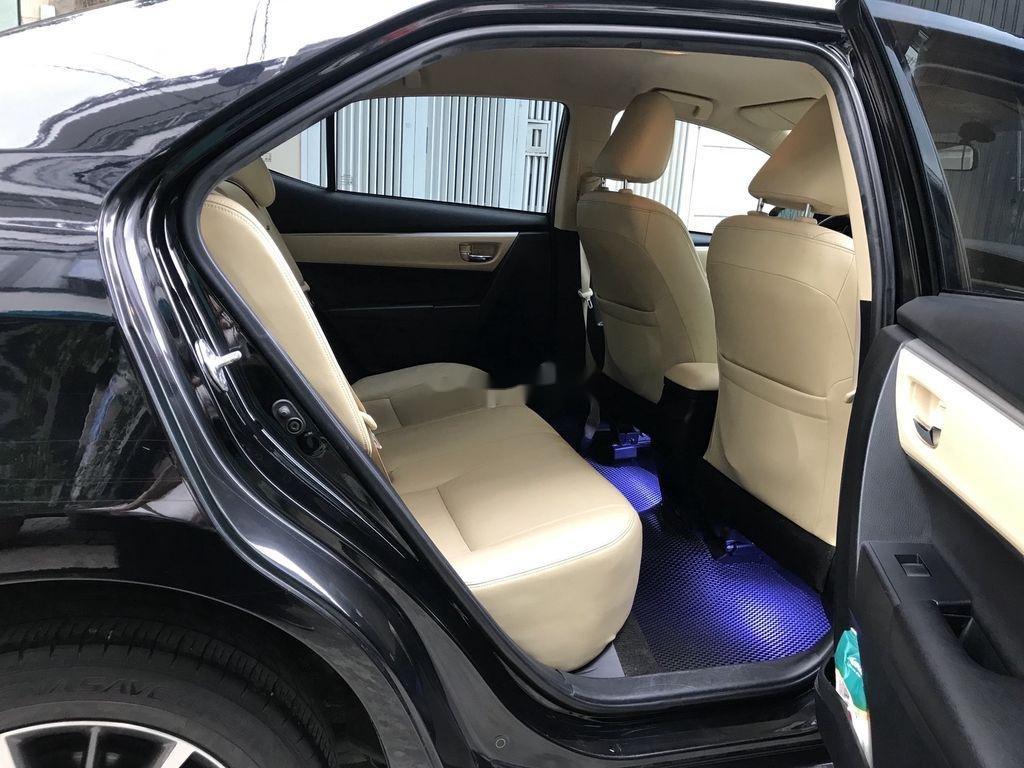 Cần bán lại xe Toyota Corolla Altis năm 2018 còn mới (5)