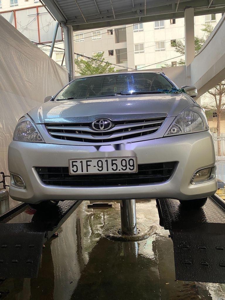 Cần bán gấp Toyota Innova sản xuất 2010 còn mới, 278 triệu (1)