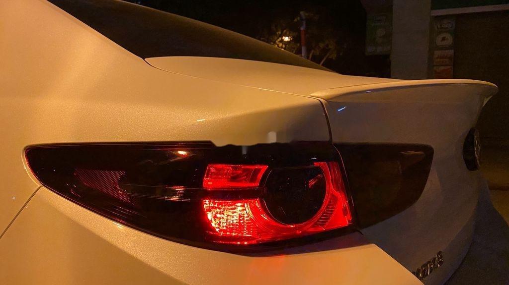 Cần bán lại xe Mazda 3 năm sản xuất 2020, nhập khẩu còn mới (8)