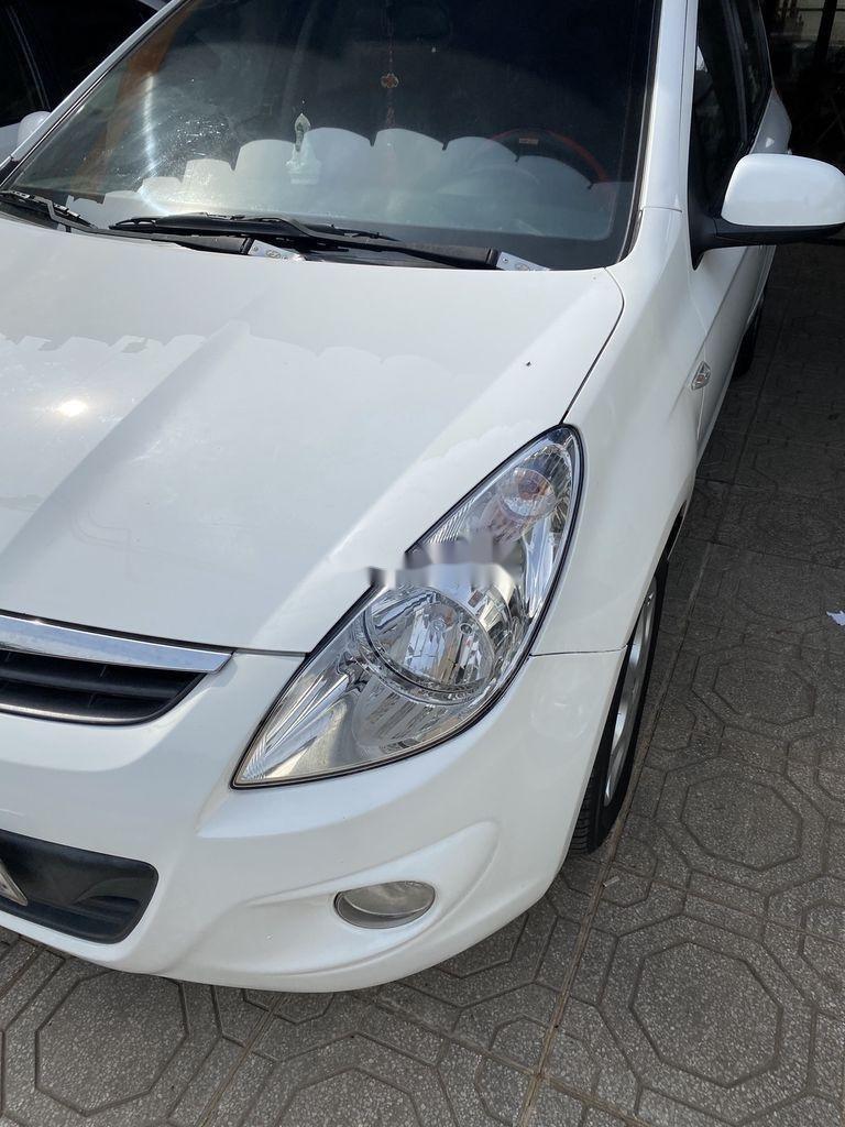 Cần bán gấp Hyundai i20 sản xuất năm 2010, xe nhập, giá chỉ 275 triệu (2)