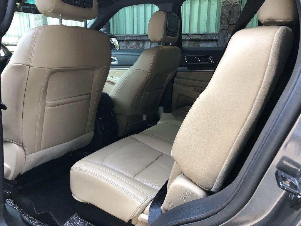 Cần bán xe Ford Explorer năm sản xuất 2016, nhập khẩu nguyên chiếc còn mới (10)
