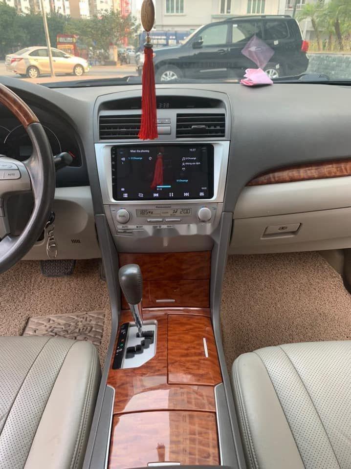 Cần bán lại xe Toyota Camry sản xuất 2013 còn mới, giá tốt (2)