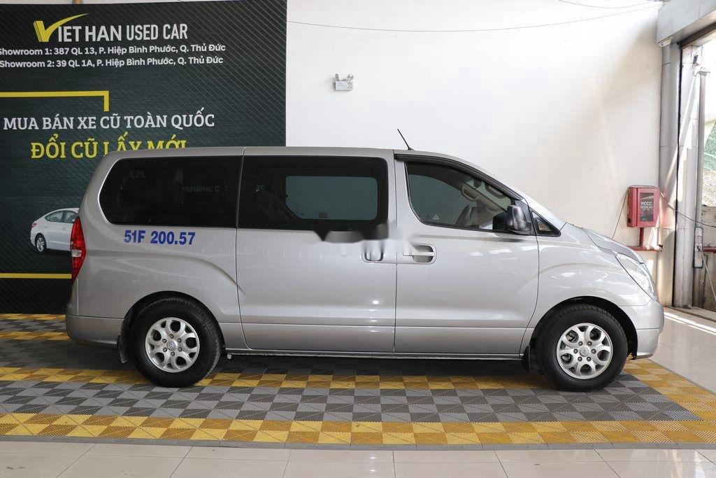 Cần bán xe Hyundai Grand Starex năm 2015, nhập khẩu nguyên chiếc còn mới, giá 636tr (4)