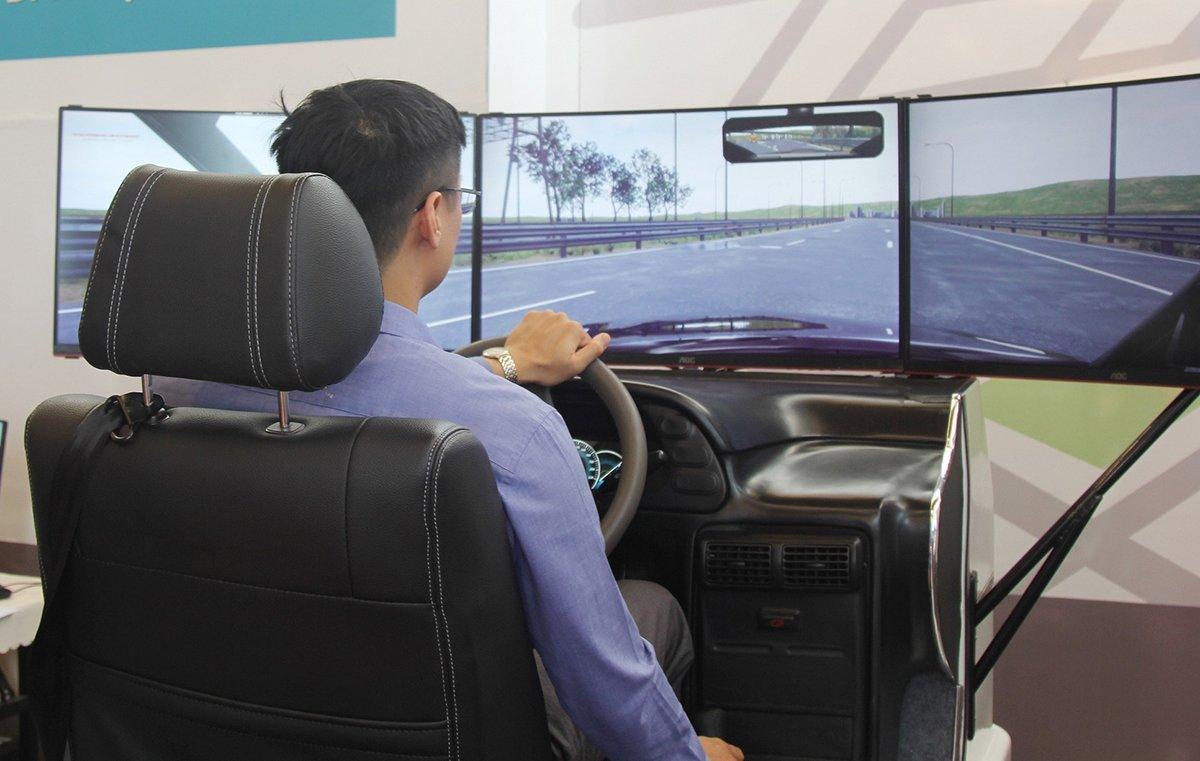 Chưa áp dụng phần mềm mô phỏng tình huống để đào tạo lái xe ô tô trong năm 2021