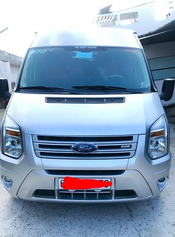 Bán Ford Transit đời 2017, màu bạc chính chủ (1)