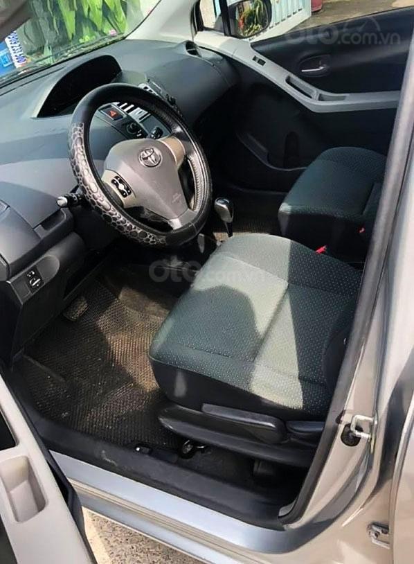 Bán ô tô Toyota Yaris 1.5 AT năm sản xuất 2011, màu bạc, nhập khẩu (3)