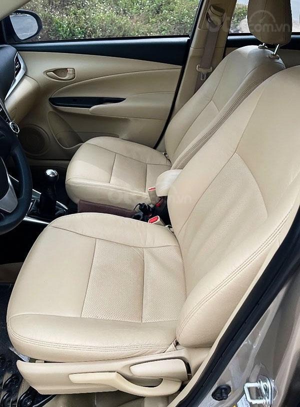 Bán Toyota Vios sản xuất 2018, màu bạc (4)