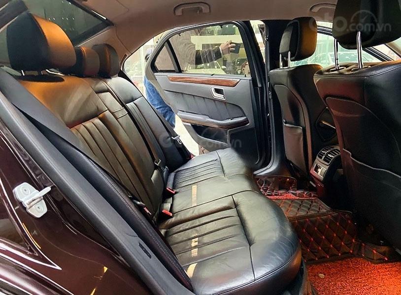 Bán Mercedes E200 năm sản xuất 2011, màu nâu, nhập khẩu, 579tr (2)