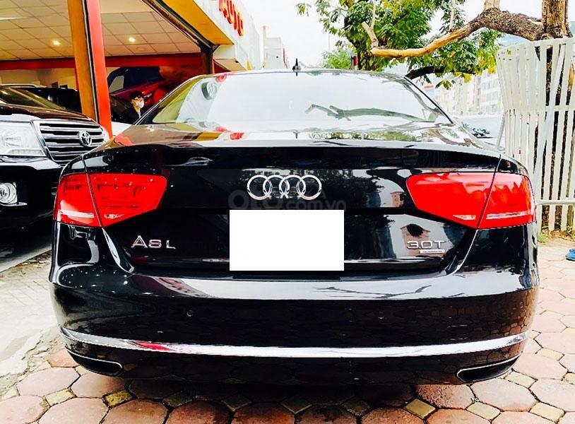 Bán xe Audi A8 đời 2011, màu đen, nhập khẩu nguyên chiếc (4)