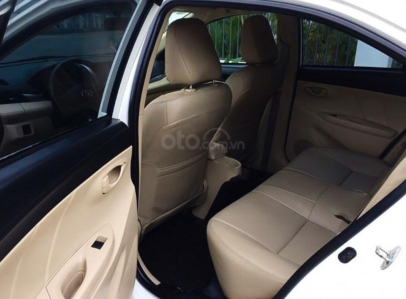 Bán Toyota Vios E đời 2017, màu trắng chính chủ (4)