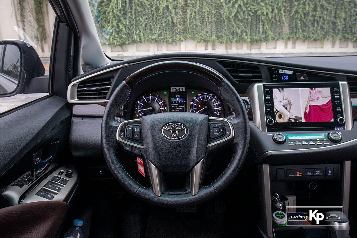 Ảnh Vô-lăng xe Toyota Innova 2.0G 2021
