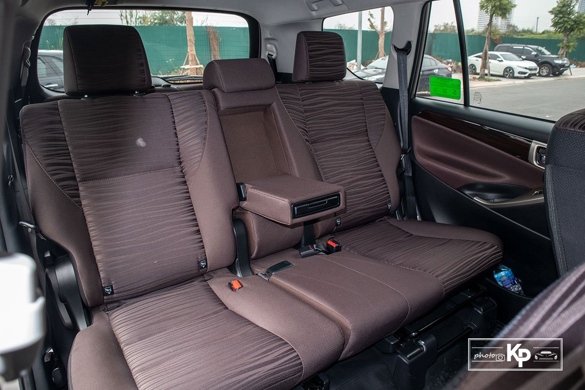 Ảnh Ghế 2 xe Toyota Innova 2.0G 2021 a1