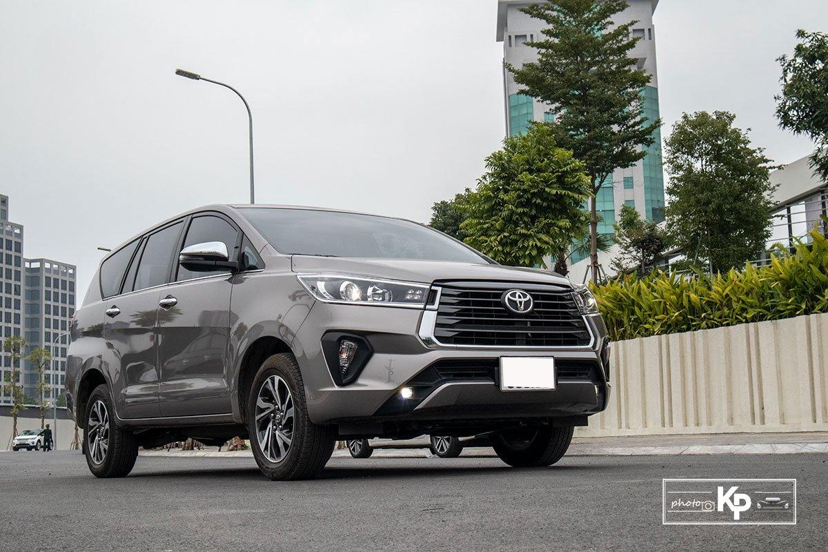 Ảnh Tổng quát xe Toyota Innova 2.0G 2021